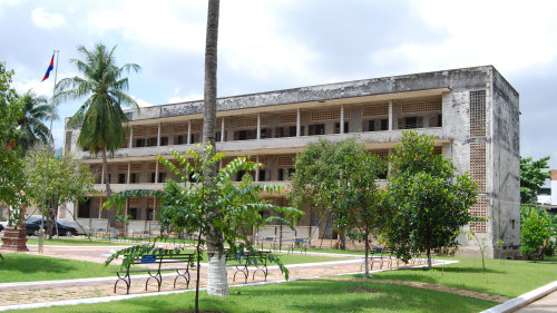 Tuol Sleng & National Museum Half-Day Tour by Threeland Travel