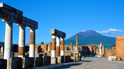 Pompeii & Mount Vesuvius Tour from Sorrento by Acampora Travel