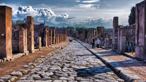 Skip The Line: Pompeii Walking Tour by WorldTours