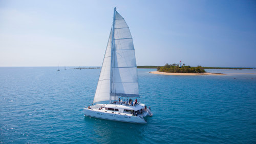 Sunset Luxury Sailing to Low Isles by Aquarius Sail & Snorkel