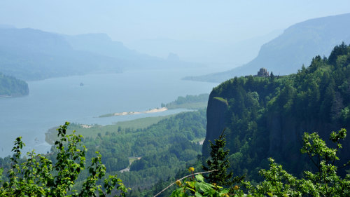 Columbia Gorge Wine & Waterfalls Tour