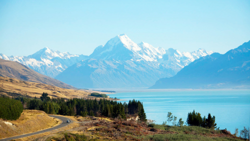 Full-Day 1-Way Tour to Queenstown via Mount Cook by Gray Line