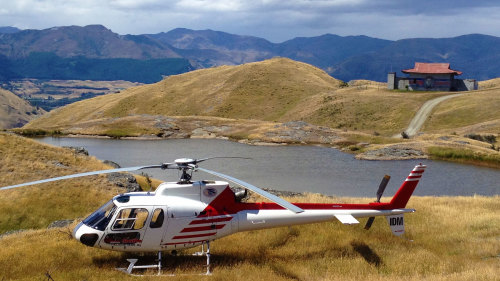 Farmstead & River Tour by Glacier Southern Helicopters