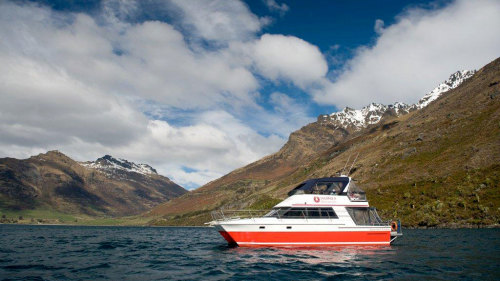 Scenic Cruise by Southern Discoveries