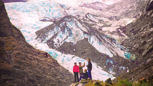 7-Day Great Glacier Explorer Tour by AAT KIngs