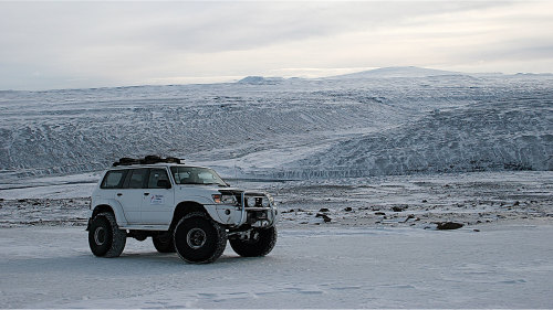 Super Jeep & Snowmobile Tour of the Golden Circle by Gray Line