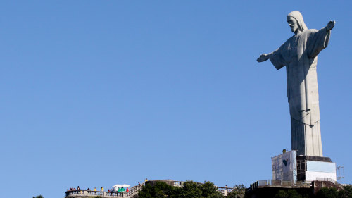 Small-Group Corcovado, Christ Statue & Favela Tour by Urban Adventures