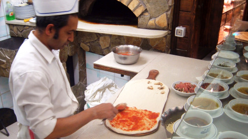 Pizza or Pasta Cooking Class With a Local Roman Chef
