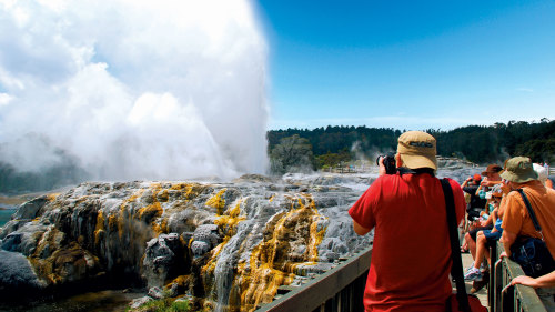 4-Day Rotorua Discovery Trip by AAT Kings