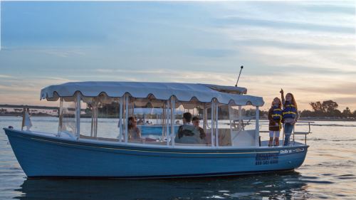 21 Sun Cruiser Self-Guided Electric Boat Cruise by Duffy of San Diego