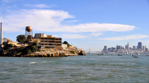 Alcatraz Package: Hop-On Hop-Off Cruise & City Tour by Big Bus