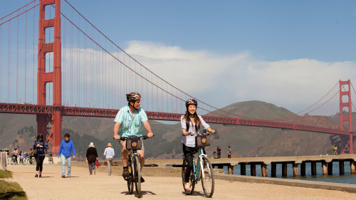 Golden Gate Bridge Sunset Bike Tour with Guide by Bay City Bike