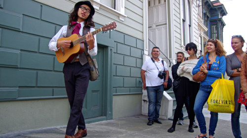 Haight-Ashbury Walking Tour: A Musical Trip of the