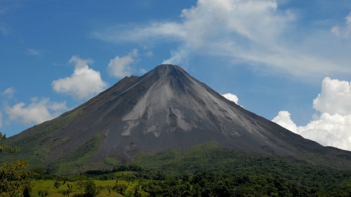 Arenal Volcano & Hot Springs Tour