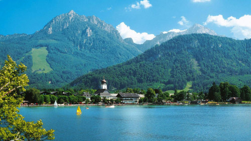 Salzkammergut Lakes & Mountains Tour by Gray Line Salzburg