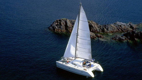 Small-Group Deluxe Catamaran Sailing Cruise