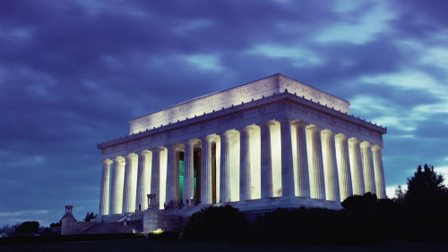Moonlight Trolley Tour of National Monuments by Historic Tours of America
