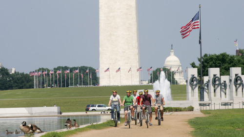 Guided Bike Tour of National Monuments