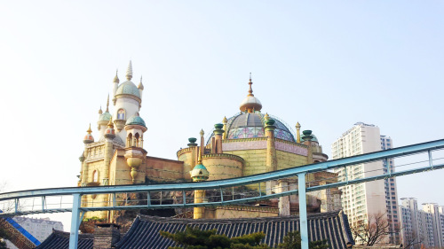 Lotte World, River Cruise, & Seoul Tower Full-Day Tour
