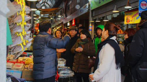 Private Food Tasting & Cultural Experience Tour by O'ngo Food Communications