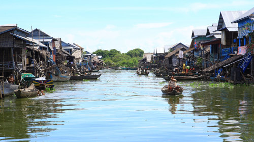 Small-Group Tonle Sap Secrets Tour by Urban Adventures