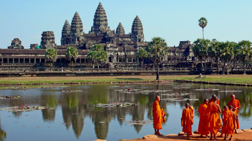Private Excursion to Ancient Angkor Temples by Threeland Travel