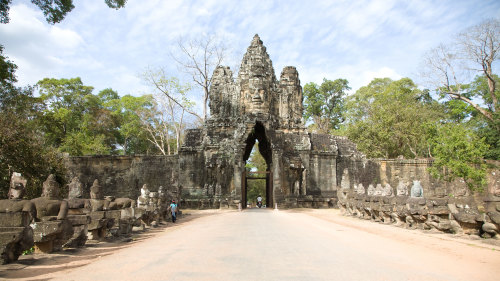 Full-Day Angkor Wat Tour by Threeland Travel