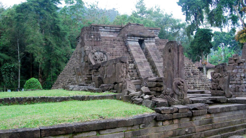 Cetho Temple to Sukuh - Private Trekking Experience with Lunch