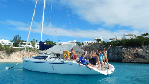 Sail la Vie Full-Day Charter