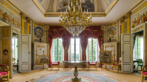 Royal City Tour with Drottningholm Palace