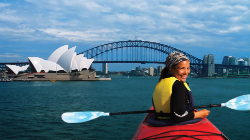 Small-Group Sydney Harbour Morning Kayak Tour with Breakfast