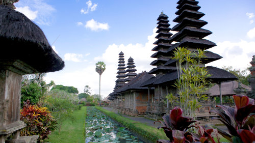 Royal Mengwi Temple, Monkey Forest & Tanah Lot Excursion by Tour East