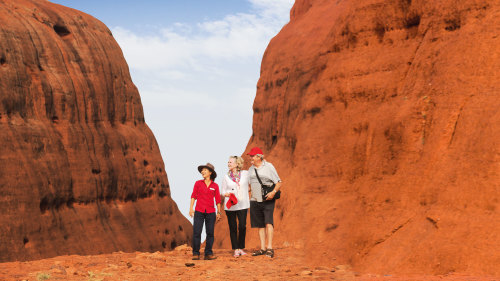 3-Day Red Centre Sights & Sounds Tour by AAT Kings