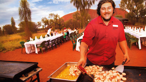 6-Day Red Centre Discovery Tour by AAT Kings