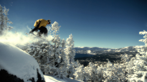 Vail & Beaver Creek Snowboard Rental Package with Delivery