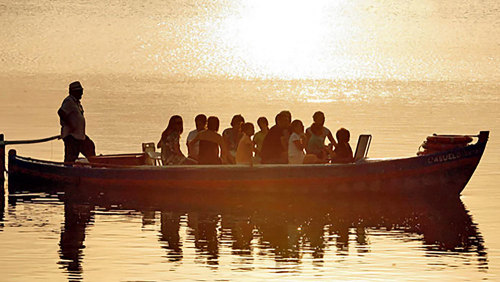 Small-Group Boat Trip in Albufera Natural Park with Valencian Paella