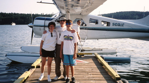 Floatplane, Kayaking & Barbecue Excursion to Gulf Islands