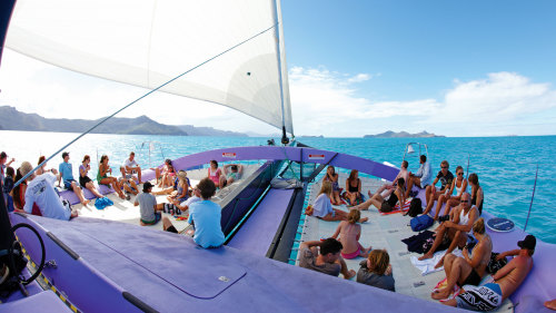 5-Day Reef & Whitehaven Castaway Tour for 2 by Cruise