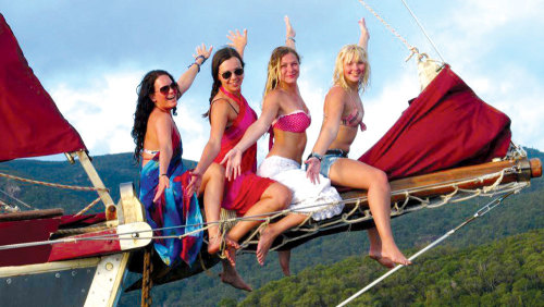 3-Day Sail & Dive Adventure Cruise by Whitsundays Sailing Adventures