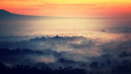 Sunrise at Borobudur Temple Private Early-Morning Tour