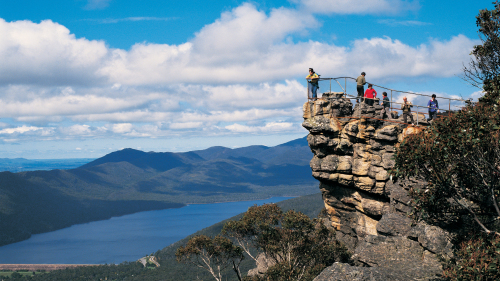 2-Day Melbourne to Adelaide Tour by Wildlife Tours Australia
