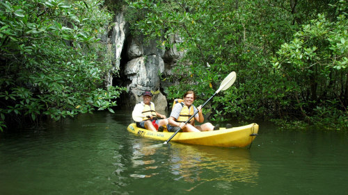 Ban Bor Thor Kayaking Full-Day Tour
