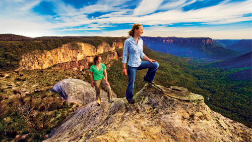 Small-Group Blue Mountains, Scenic World & Wildlife Tour by AAT Kings