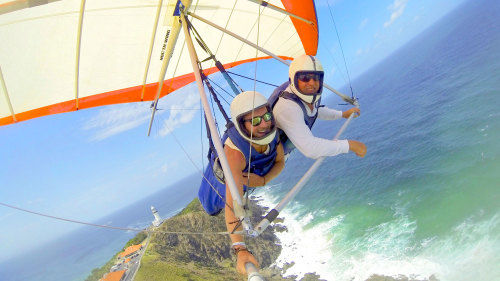 Tandem Hang Gliding Experience by Byron Airwaves