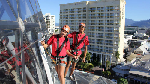 Small-Group Cairns All Encompassed by Urban Adventures