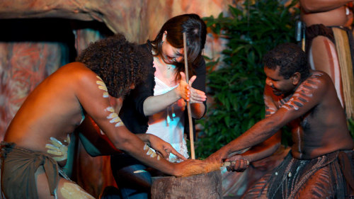 Tjapukai Aboriginal Park Night Show & Buffet Dinner by Doki Doki Tours