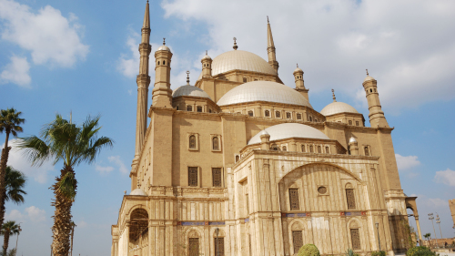 Cairo Full-Day Tour with Lunch via Bus