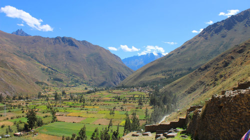 Small-Group Sacred Valley Tour by Urban Adventures