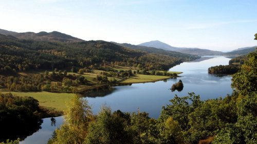 Highland Lochs, Glens & Whisky