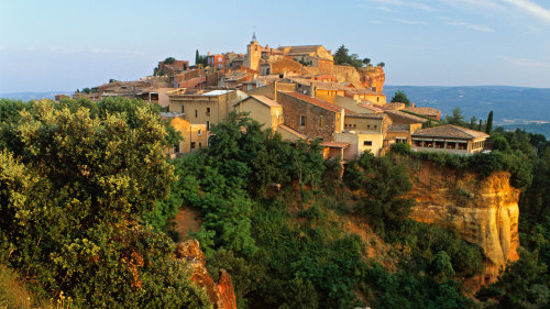 Perched Villages of the Luberon Full-Day Tour